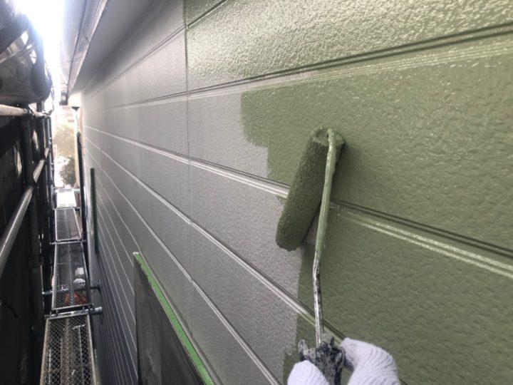 外壁塗装 中塗り