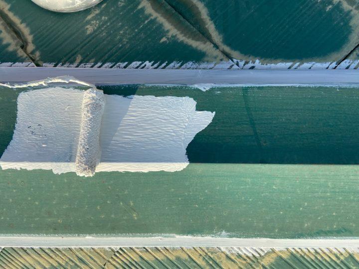 屋根塗装 棟押さえ板金 錆止め