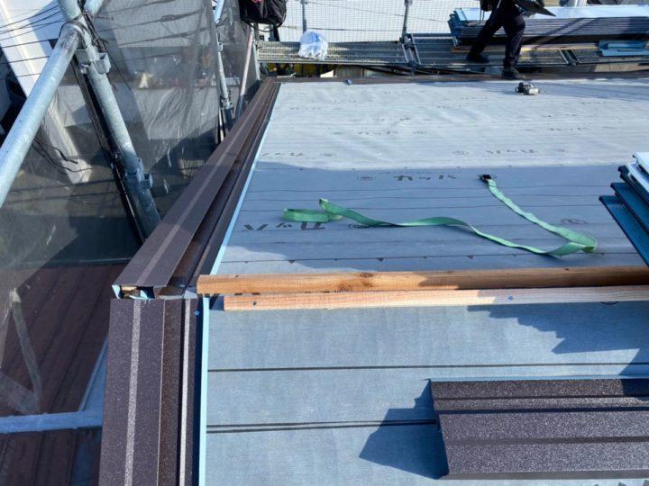 屋根葺き替え工事 ルーフィング設置