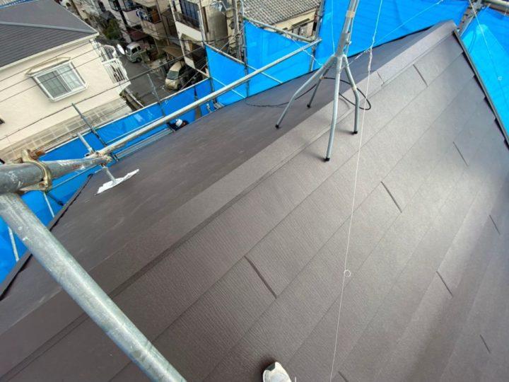 屋根重ね葺き 棟板金施工