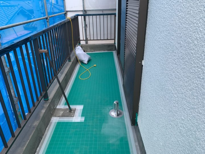 防水工事 シート貼り・脱気筒設置