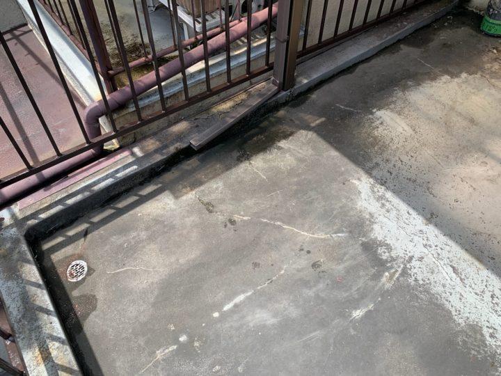 守口市M様 雨漏りも止まり、作業もとても丁寧にありがとうございました。 施工前