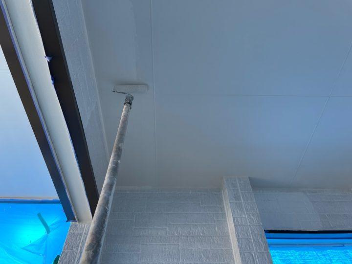 軒天塗装工事 上塗り2回目